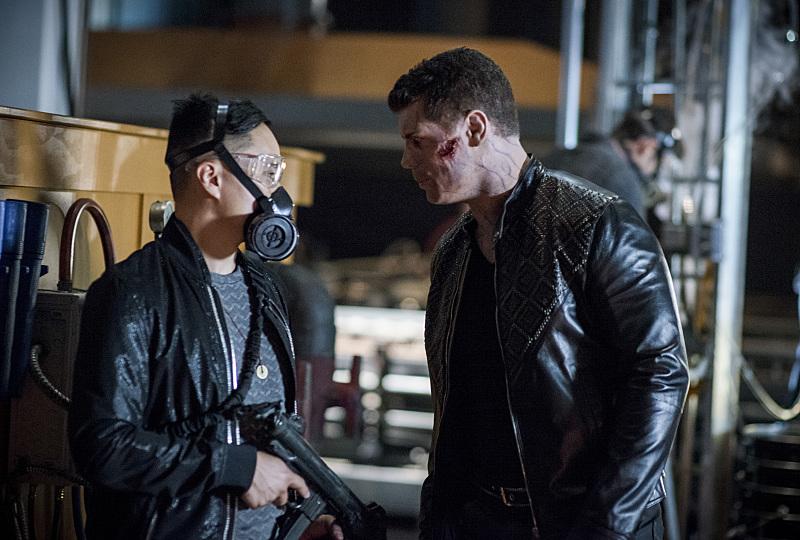 Arrow S05E03 A Matter of Trust