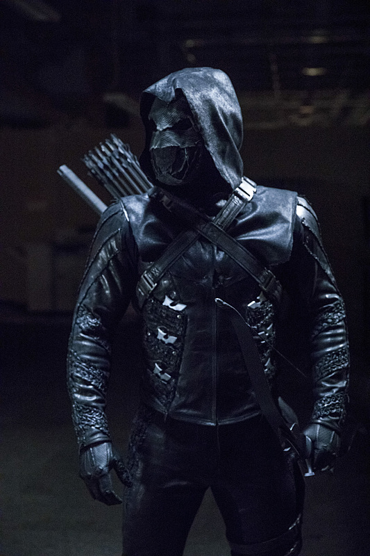 Arrow S05E09 - What We Leave Behind