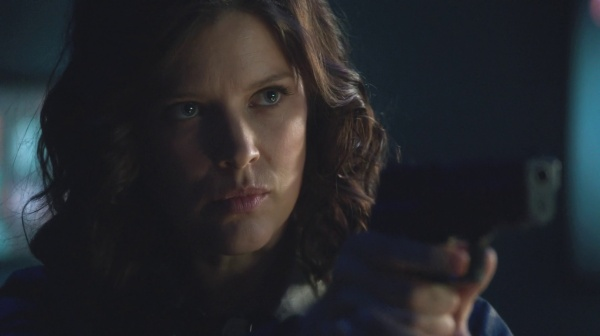 Lyla Michaels estará de volta em Arrow no sexto episódio da 6ª temporaad