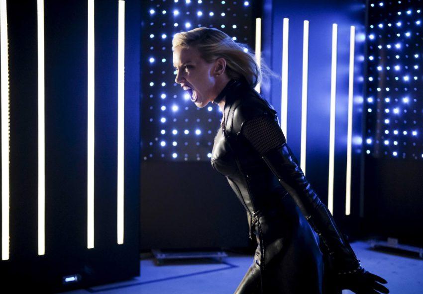 Arrow S06E04 Reversal   Black Siren