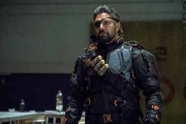 Arrow S06E05 Deathstroke Returns