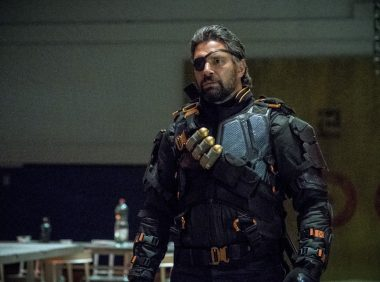 Arrow S06E05 Deathstroke Returns