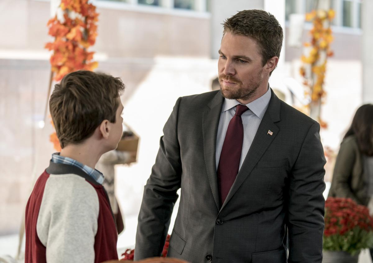 Arrow S06E07 Thanksgiving