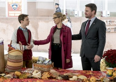 Arrow S06E07 Thanksgiving