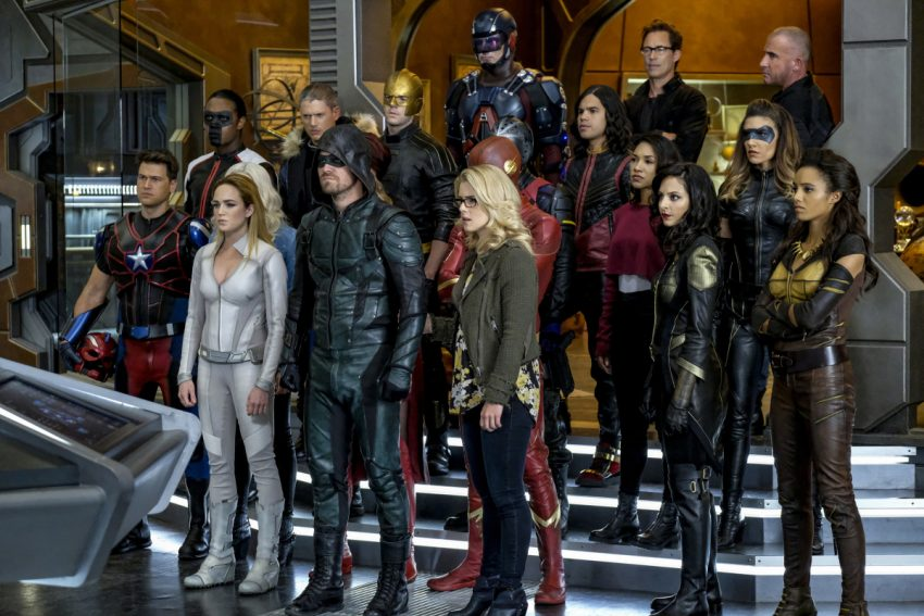 DC's Legends of Tomorrow S03E08 Crisis on Earth-X Parte 4