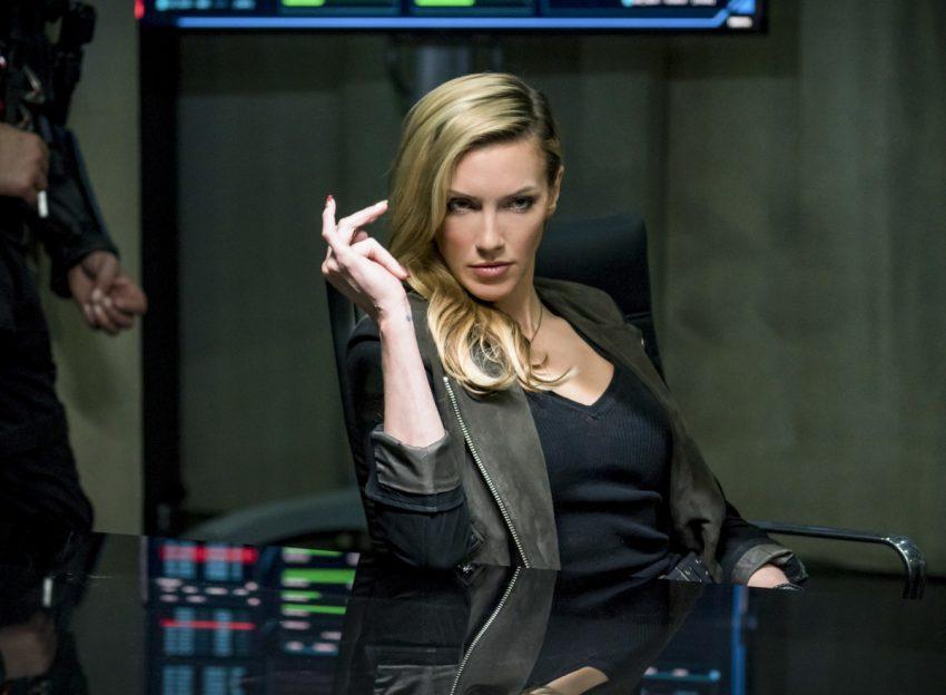 Arrow S06E10 Divided