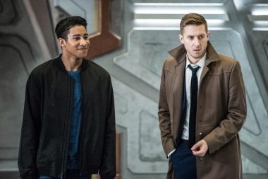 Legends of Tomorrow S03E13 No Country For Old Dads
