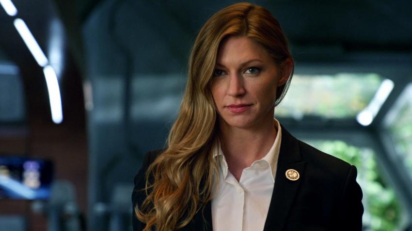 Jes Macallan será uma atriz regular na quarta temporada de Legends of Tomorrow
