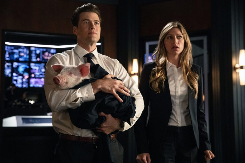 DC's Legends of Tomorrow S04E02 Witch Hunt