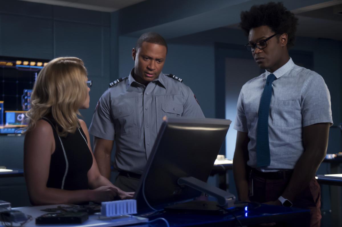 Arrow S07E06 Due Process