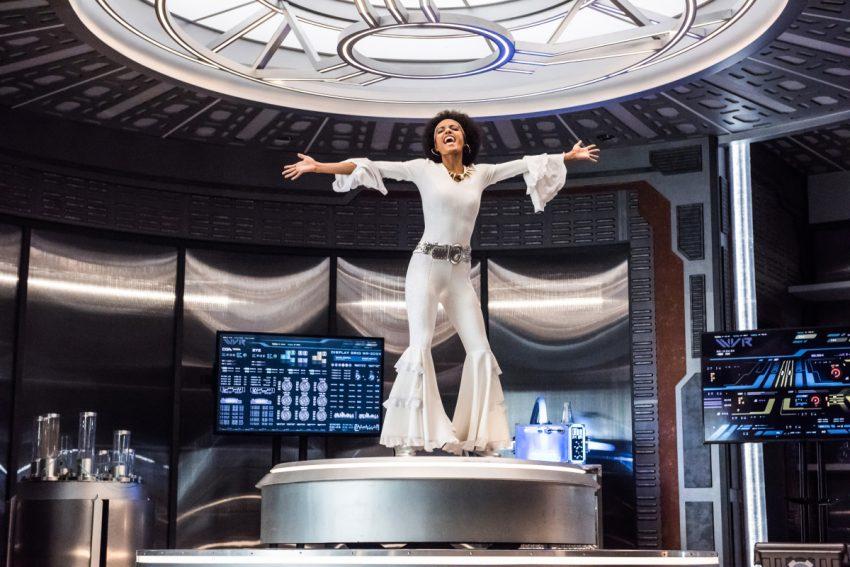 DC's Legends of Tomorrow S04E03 Dancing Queen