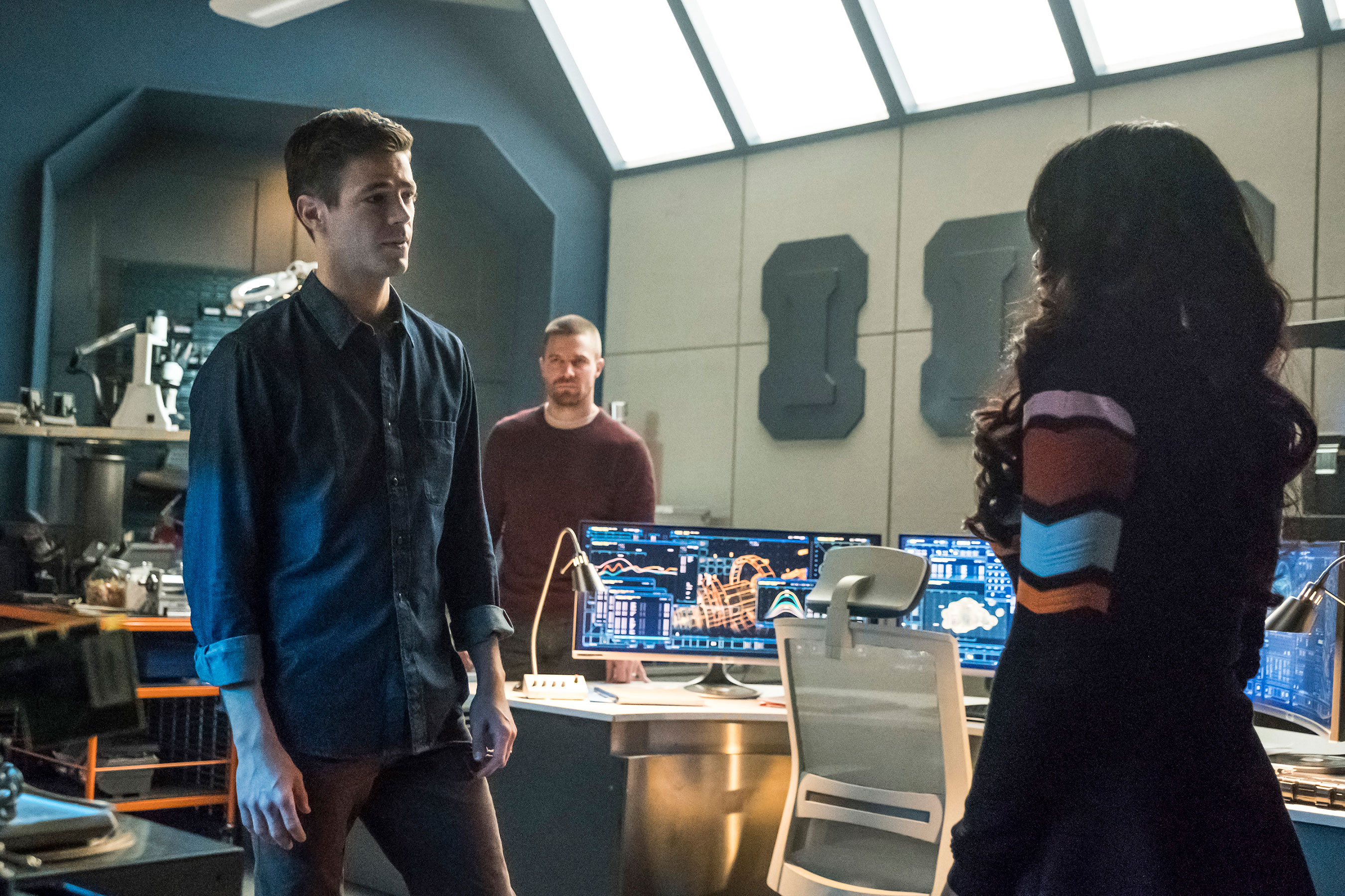 Fotos promocionais da hora de The Flash no crossover Elsewords
