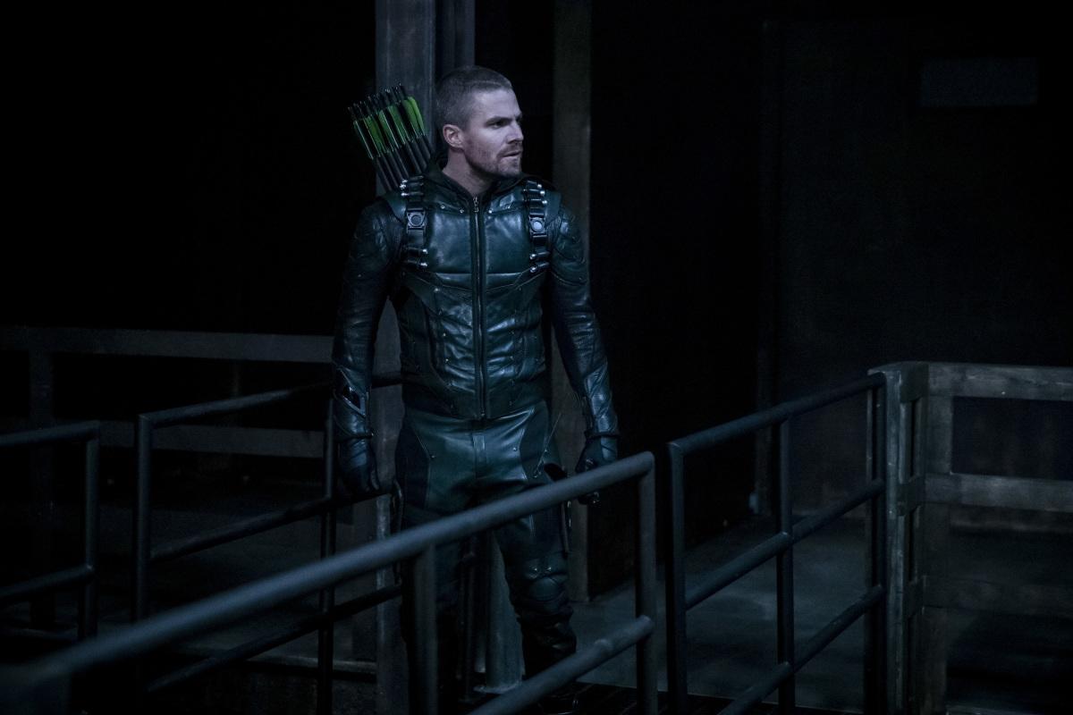 Arrow S07E011 Past Sins