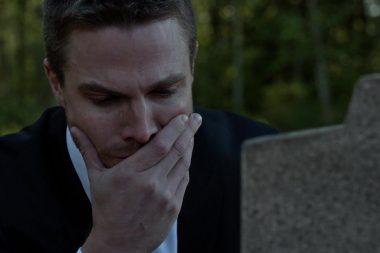 Netflix | As séries da CW podem trocar o serviço de streaming pelo serviço de streaming da Warner Media