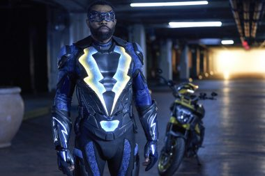 Black Lightning | S02E15 The Book of the Apocalypse: Chapter One: The Alpha