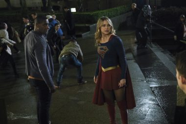 Supergirl | S04E14 Stand and Deliver