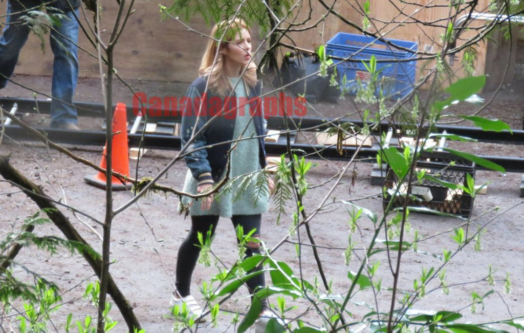 Arrow | Fotos das gravações do último episódio da 7ª temporada revelam um spoiler