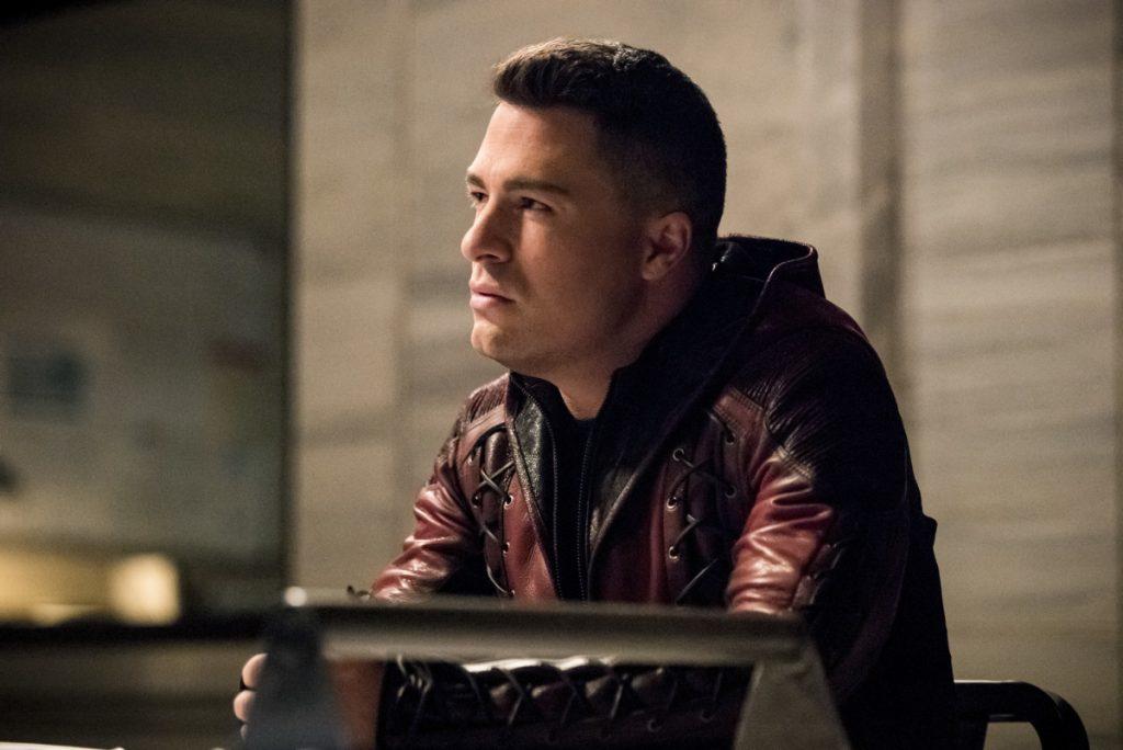 Arrow S07E20 Confessions Roy Harper Interrogatorio