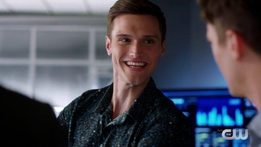 The Flash | Hartley Sawyer disse que gostaria de dirigir um episódio da série