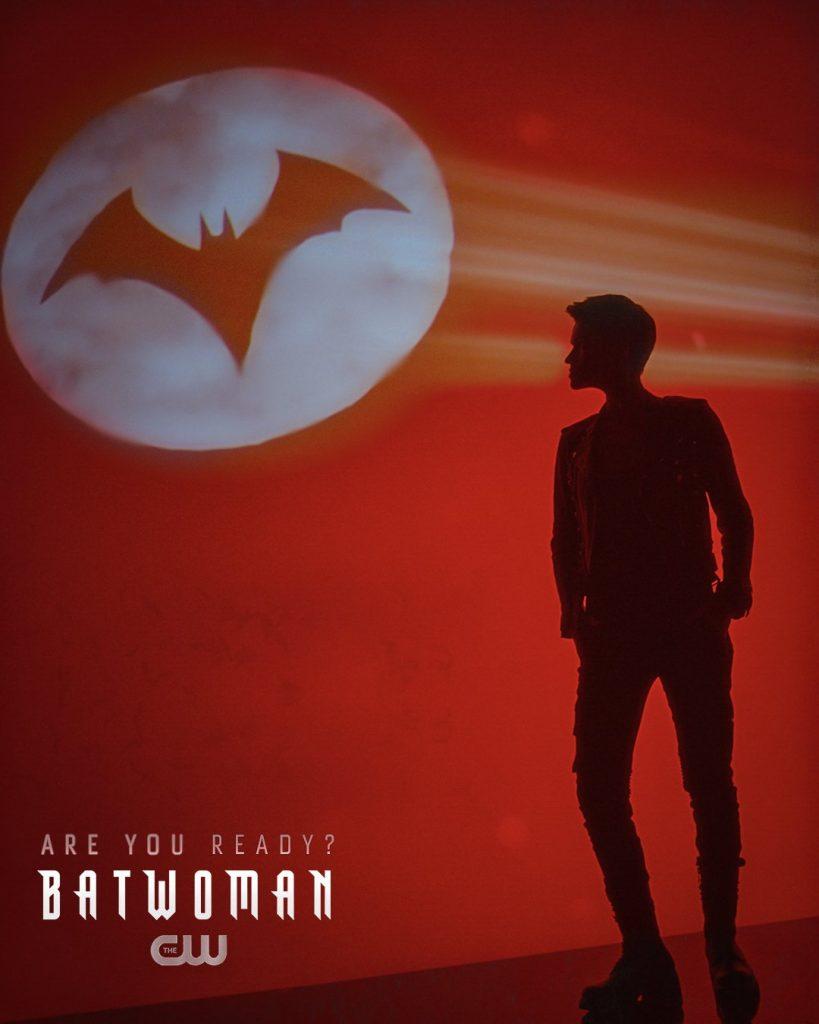 "Batwoman | Novo poster ""Are you Ready?"""
