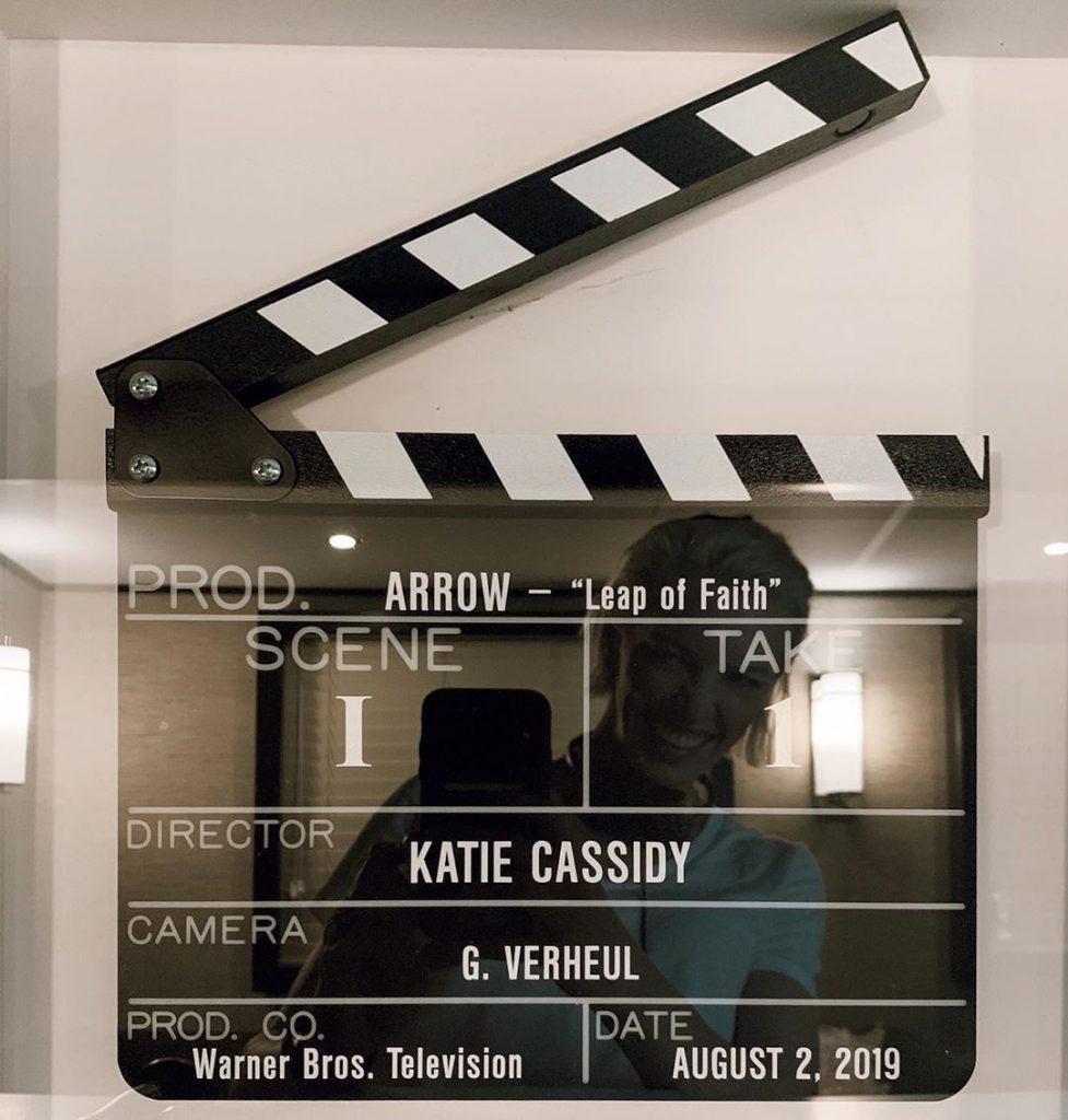 Arrow | Katie Cassidy vai dirigir o 3º episódio da 8ª temporada