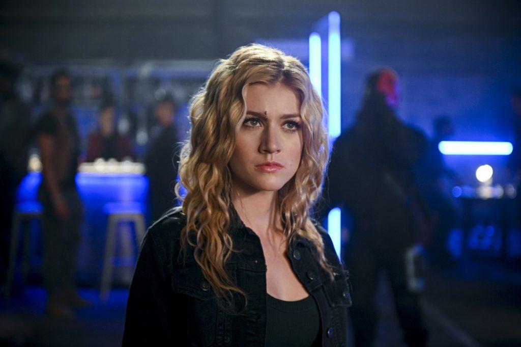 Arrow | Promos do episódio Welcome To Hong Kong S08E02 | Mia