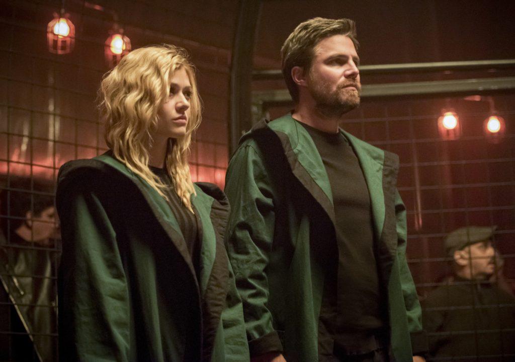 Arrow | Promos S08E05 Prochnost | Oliver e Mia
