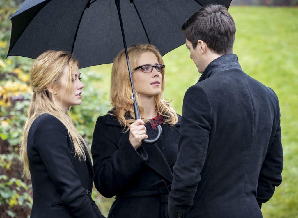 Arrow | Promo do último episódio de arrow S08E10 Fadeout | Enterro Felicity e Mia