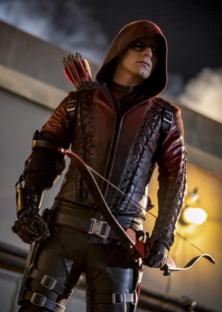 Arrow | Promo do último episódio de arrow S08E10 Fadeout | Roy