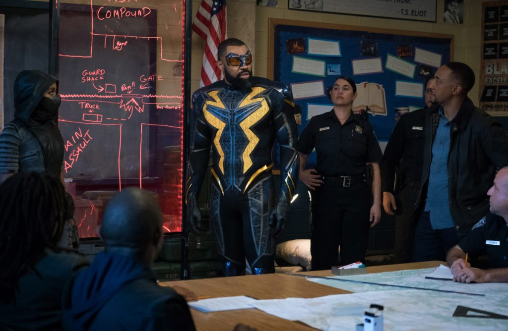 Black Lightning | Promos S03E10 The Book of Markovia: Chapter One