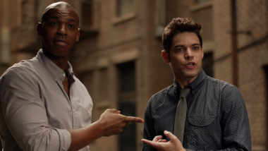 Supergirl | Winn está de volta na descrição do S05E11 Back From The Future – Part 1