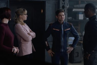 Supergirl | Winn retorna nas Promos do episódio S05E11 Back From The Future – Part One