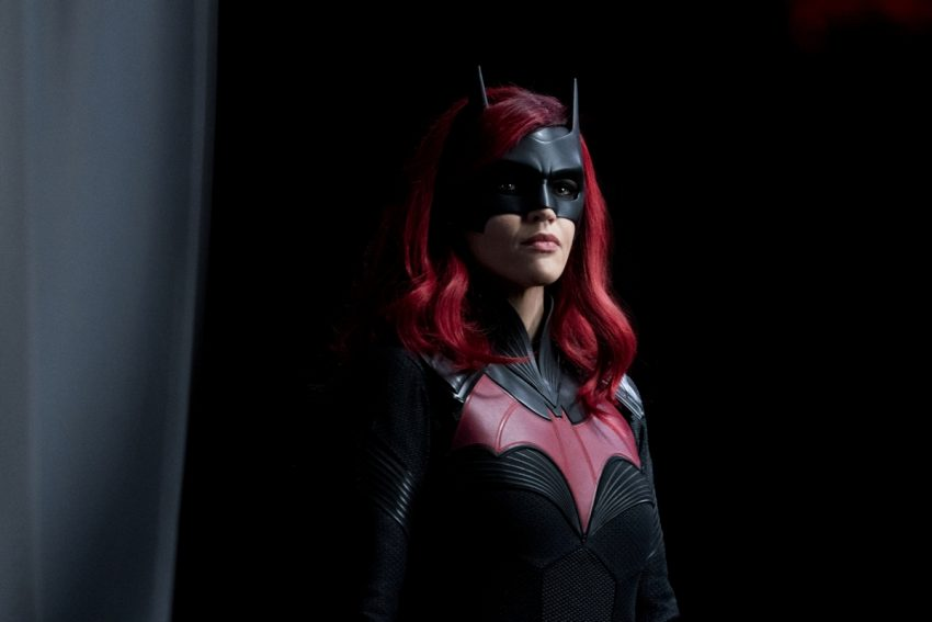 Batwoman   Promos do episódio S01E14 Grinning From Ear To Ear