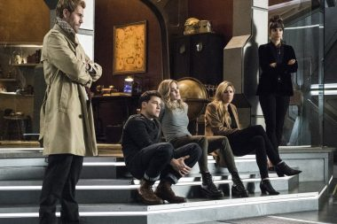 Legends of Tomorrow | Promos do episódio S05E10 The Great British Fake Off
