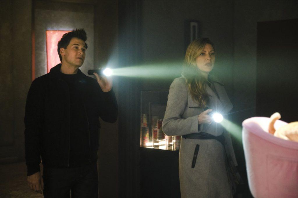 Promos do Season Finale S05E15 Swan Thong
