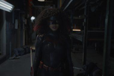 Batwoman | Promos do episódio S02E13 I'll Give You a Clue